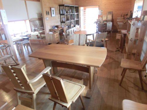 くにさき六郷舎(木と家具のぎゃらりぃ)